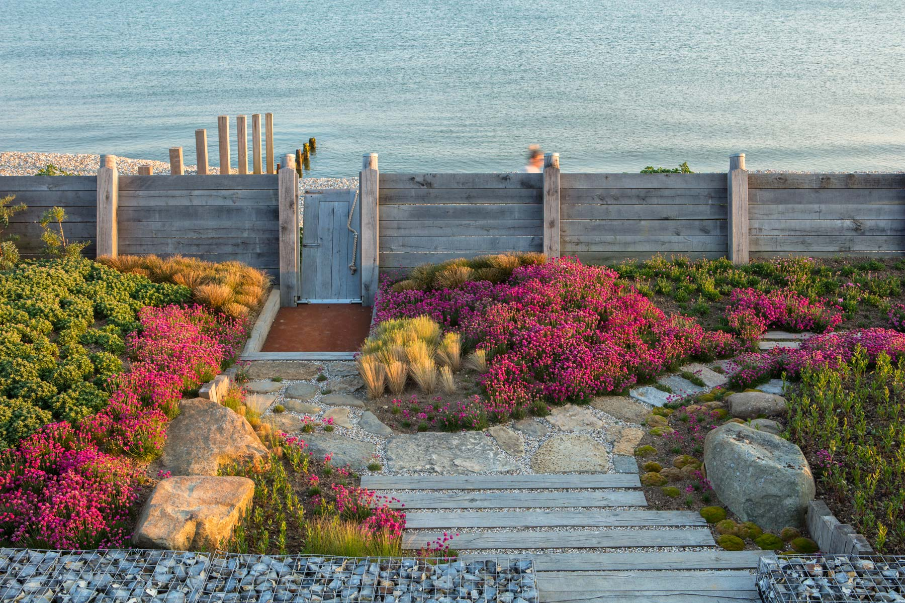 West Wittering sea edge garden - Anthony Paul Landscape Design